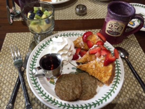 Historic Smithton Inn : Yummy Breakfast