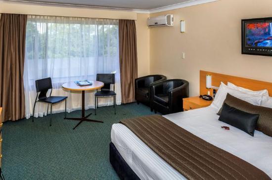 Redleaf Resort: Queen Room