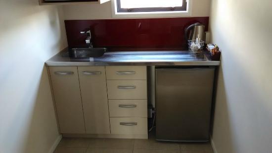 Cocinas.com Opiniones   Cocina Con Mal Diseno En Mi Opinion Picture Of Astra Motor Lodge