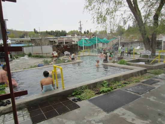 lava hot springs chat rooms Lava hot springs hotels search hundreds of travel sites at once for hotels in lava hot springs wed 5/23 find cheap hotel rooms in lava hot springs.