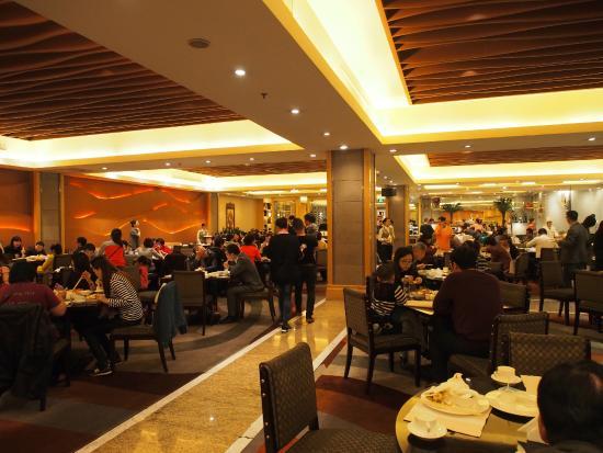 New Century Grand Hotel: ห้องอาหารเช้า