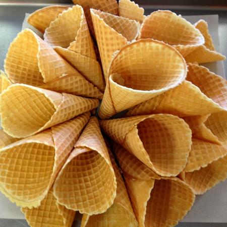 Ice Cream Cafe: Homemade Cones