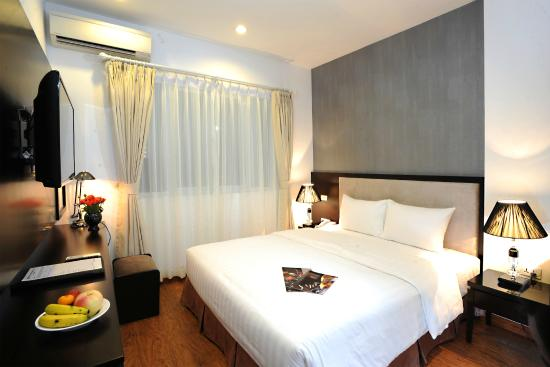 Hanoi Legacy Hotel - Bat Su: Junior Suite