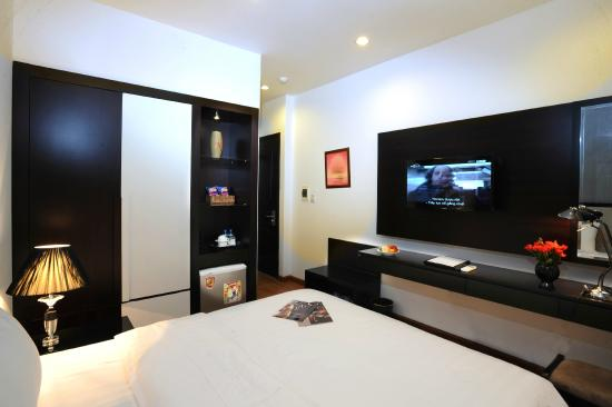 Hanoi Legacy Hotel - Bat Su: Deluxe room