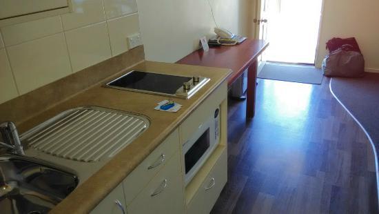 Beachcomber Motel: cocina
