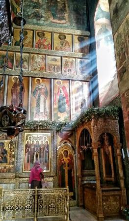Cathedral of the Vladimirskaia Icon of the Mother of God: Собор Сретения Владимирской иконы Богоматери