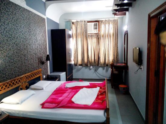 Hotel Pratiksha Room Of