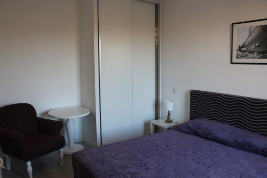 Chambre A Coucher Lit King Size : chambre lit king size - Foto di ...