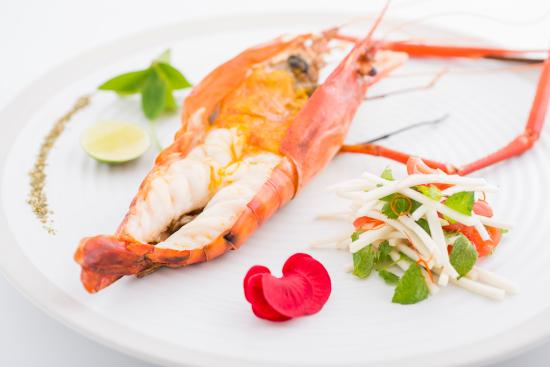 The Restaurant at The Legian: River Prawn with Green Mango Salad
