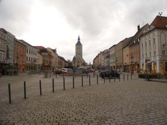 Alte Rathaus (Old Townhall): Large area for markets near the Alte Rathaus