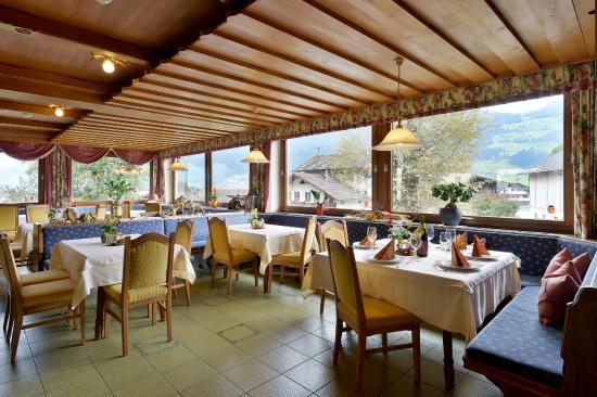 Hotel Gasthof Jäger: Speisesall