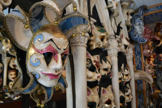 Mistero Buffo - Authentic Venetian Masks