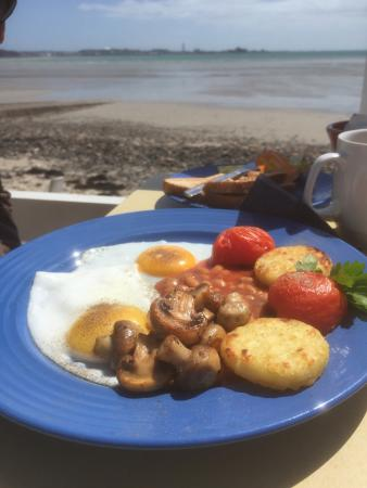 """Cabin cafe : A lovely veggie breakfast at Charlottes """"perfect """""""