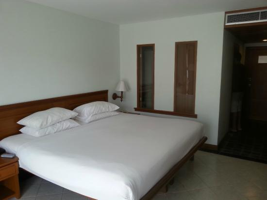 Deluxe Room Picture Of Sunset Beach Resort Patong