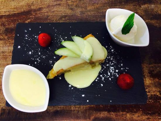 The Haven : Apple tart