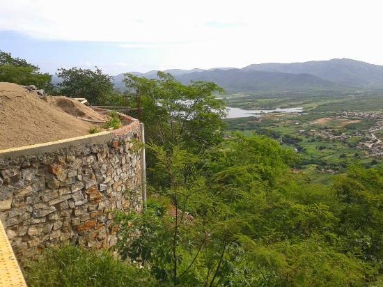 Vista do açude da Serra do Encanto (o Z da paz)