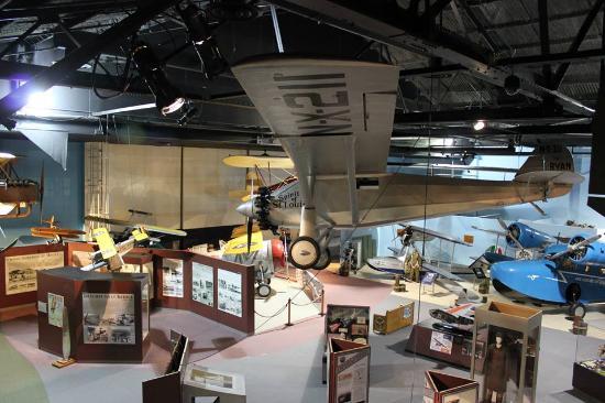 Cradle of Aviation Museum: Pre war display