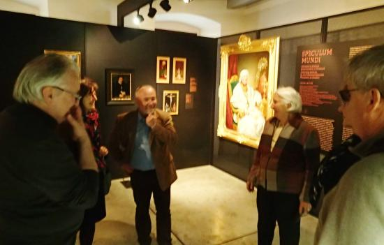 Olomouc Archdiocese Museum: Guided tours means you are in the best company of art fans