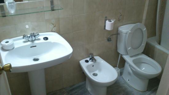 Hostal Acueducto Los Milagros: Baño