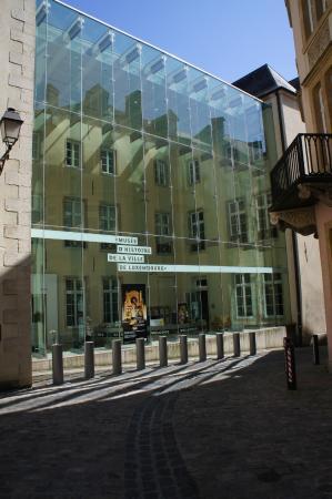 outside photo de mus e d 39 histoire de la ville luxembourg tripadvisor. Black Bedroom Furniture Sets. Home Design Ideas