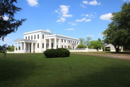 Demopolis, AL: Exterior