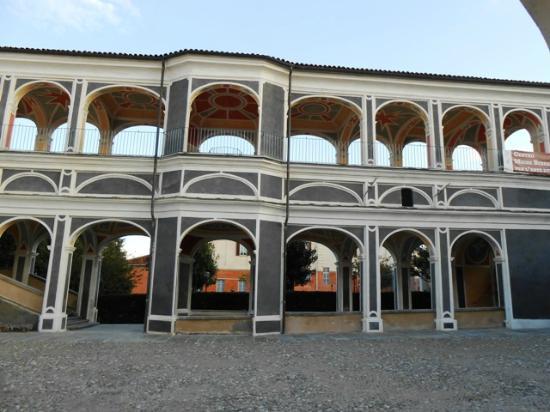 Palazzo Sarriod de La Tour