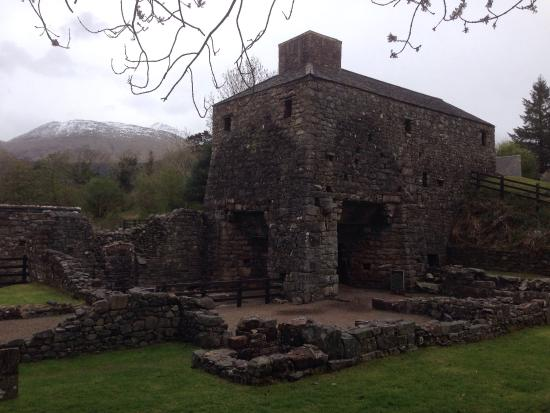 Bonawe Iron Furnace: Old furnace (minus the bellows)