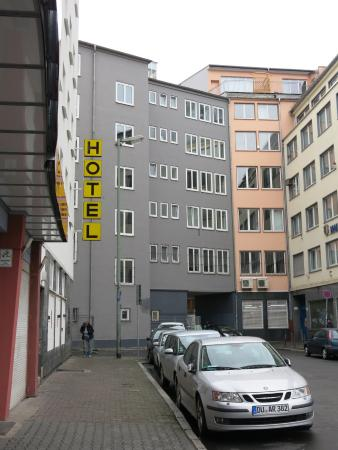 Hotel Adler : Adler Hotel1