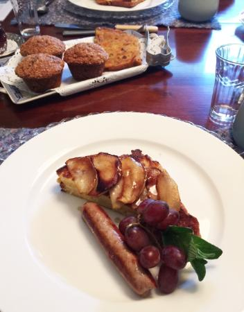 The Caversham House: My requested half order of French toast with brie and caramelized apple slices and sausage link