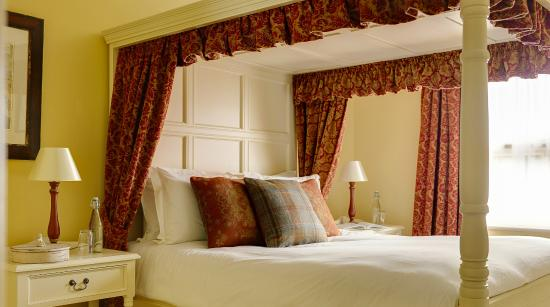 Conyngham Arms Hotel: Deluxe double room