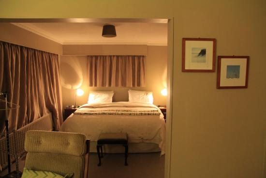 Riverton Bed and Breakfast : The comfy Sea View Suite.