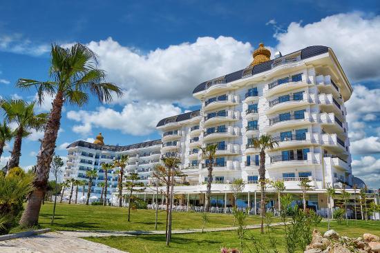& Johor hotel Desaru Resort Spa Tunamaya - website Beach