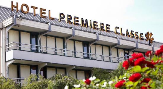 Premiere Classe Bethune - Fouquières Les Béthune : Façade
