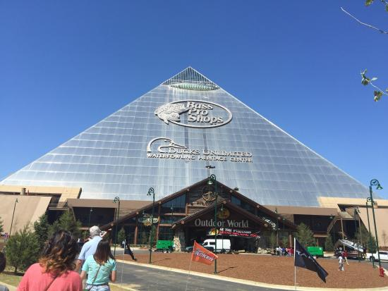 Bass Pro Shop - Picture of Bass Pro Shops at the Pyramid, Memphis