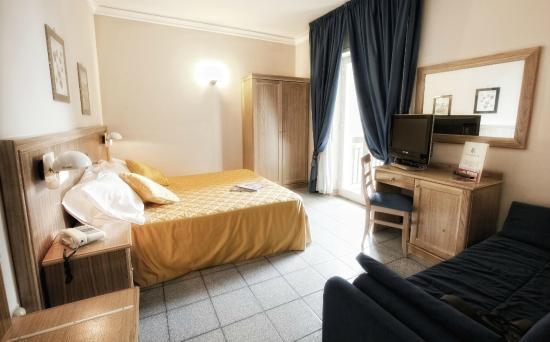 Hotel Sabbie d'Oro: camera standard