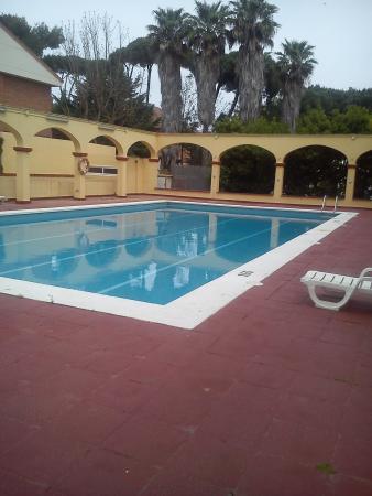 Hotel Canal Olimpic: La piscina