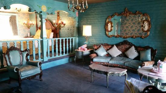 Romance room - Picture of Madonna Inn, San Luis Obispo - TripAdvisor