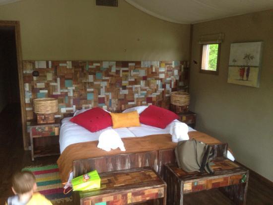 picture of les lodges du pal dompierre sur besbre tripadvisor. Black Bedroom Furniture Sets. Home Design Ideas