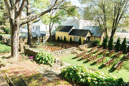 A wedding in the Courtyard Gardens - Picture of The Red Fox Inn ...