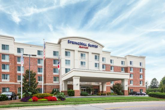 Photo of SpringHill Suites Charlotte Mooresville