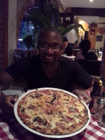 Luna Rossa : pizza with prosciutto