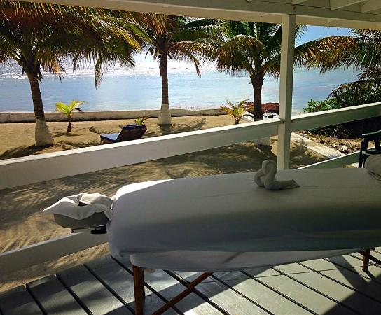 Blue Marlin Beach Resort: Sunshine Massage treatments