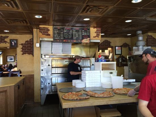 New Park Pizzeria: New Park Menu & pizzas