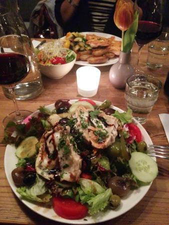 Photo of Modern European Restaurant La Kaz at Ligsalzstrasse 38, Munich 80339, Germany