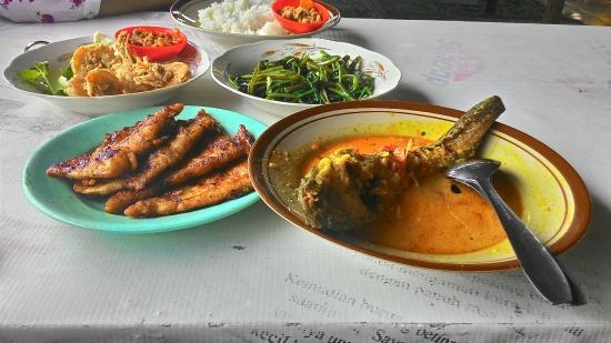 Warung Iwak Kalen
