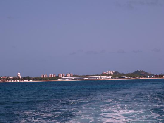 Simpson Bay, St Marteen/St. Martin: Out in Great Bay