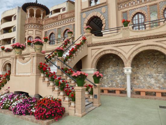 Lovely entrance picture of casa de los navajas - Casas en torremolinos ...