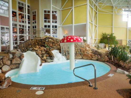 Steele Hill Resorts: kiddie pool