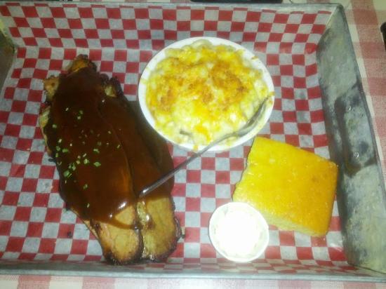 Fatboys Southern Smokehouse: Brisket