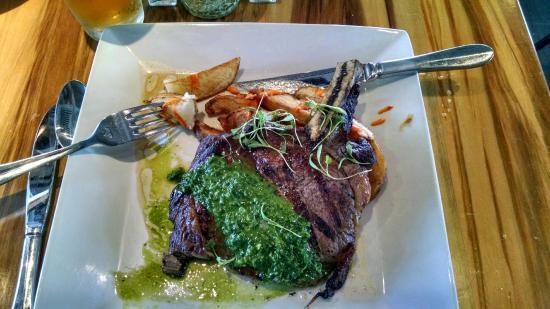 Persimmons Waterfront Restaurant New Bern North Carolina